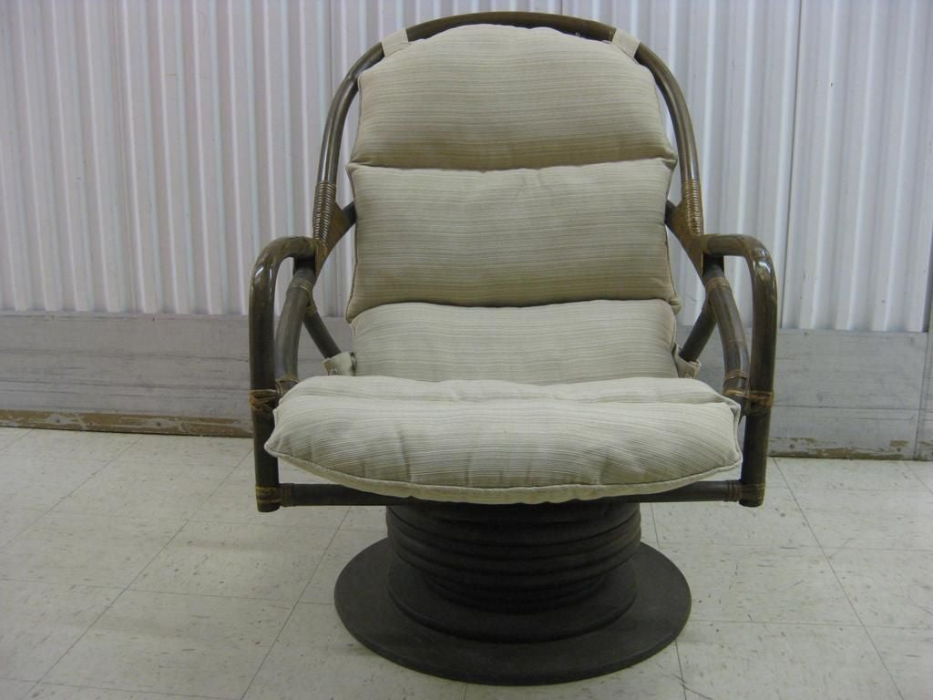 Wicker Rocker Chair Pair Of Rattan Swivel Rocking Lounge Chairs At 1stdibs