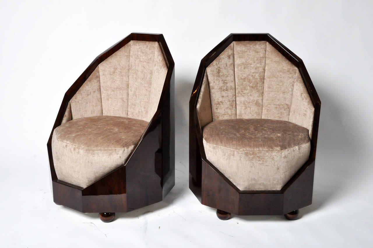 Cocoon Chair Pair Of Walnut Veneer Cocoon Chairs At 1stdibs