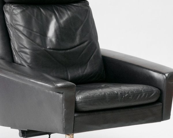 Mid Century Black Leather Swivel Chair at 1stdibs