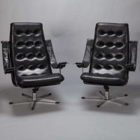 Pair Mid Century Black Leather and Chrome Chairs at 1stdibs