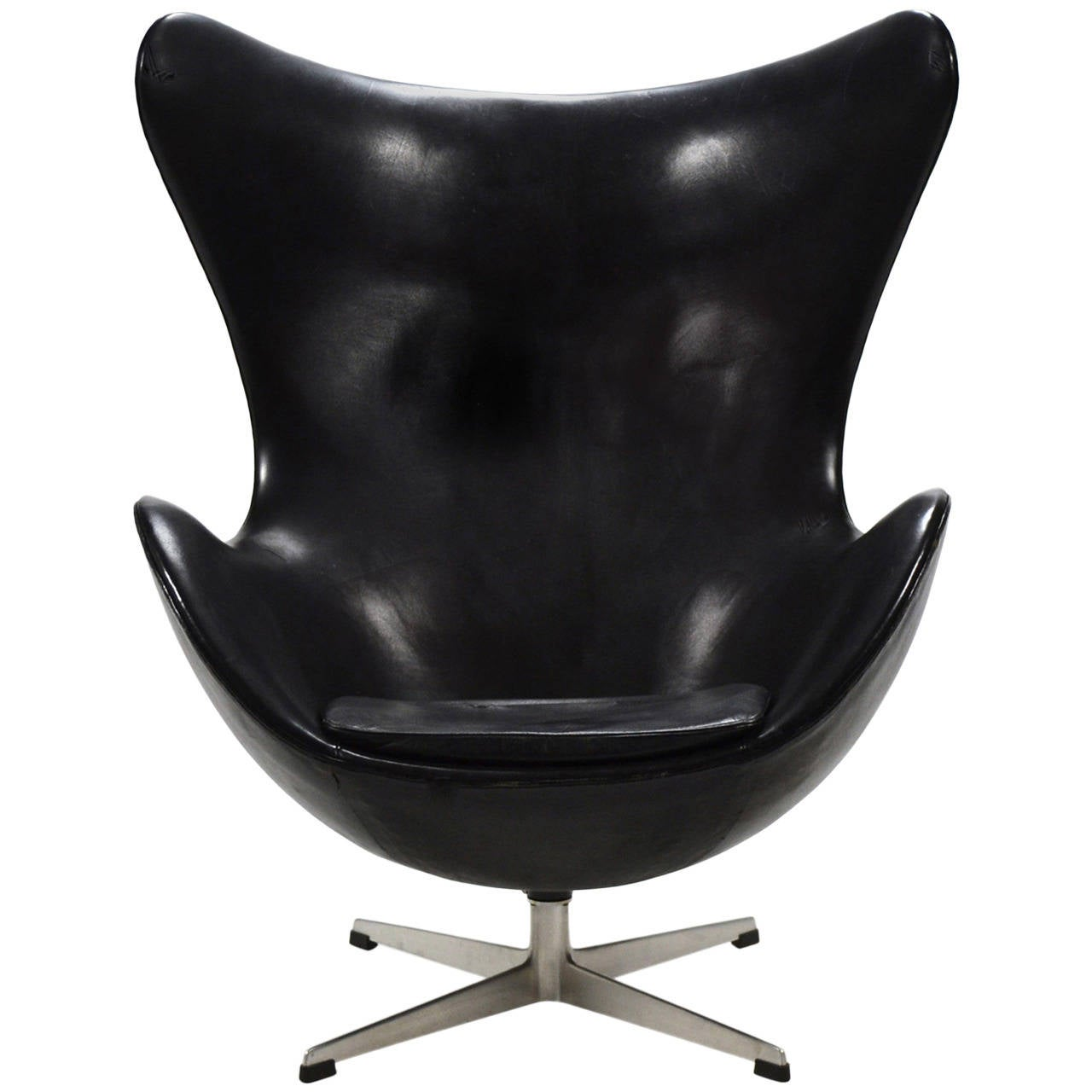 Egg Chairs Arne Jacobsen Early Egg Chair In Original Black Leather