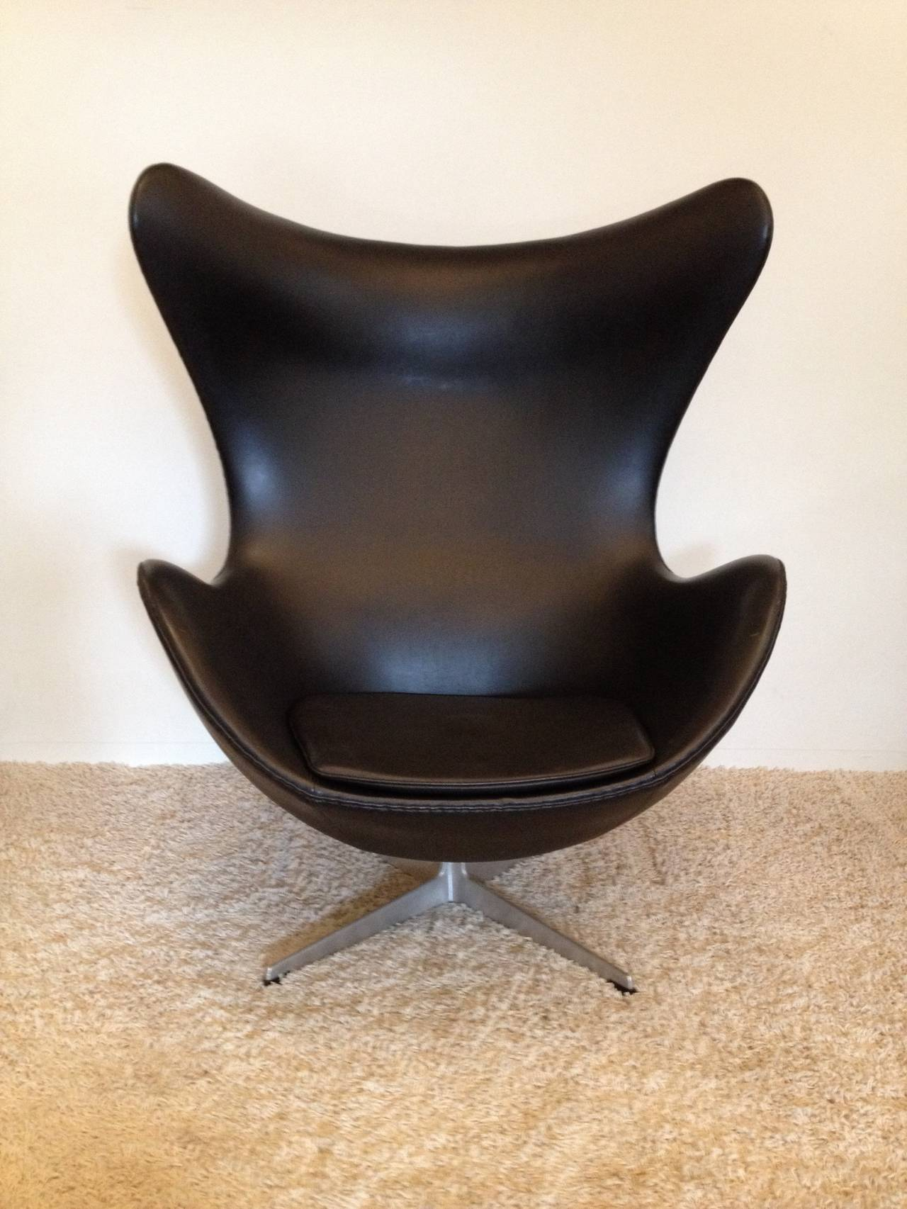 vintage egg chair wingback recliner arne jacobsen for fritz hansen at 1stdibs