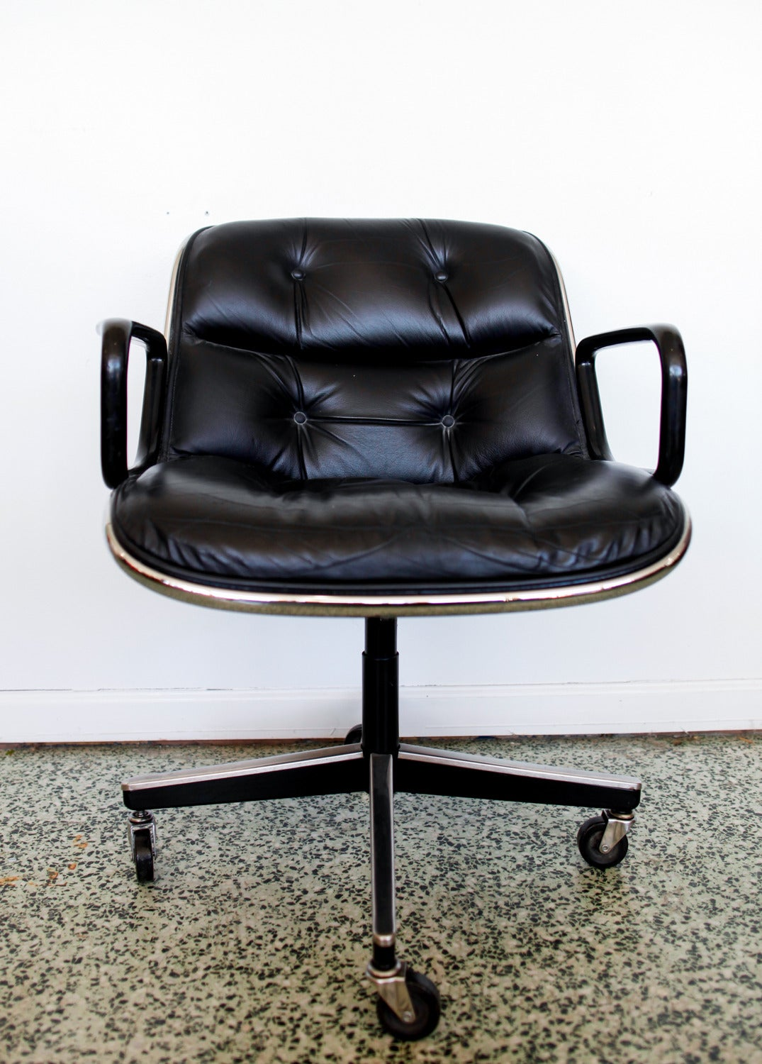 Knoll Pollock Chair Black Executive Chair By Charles Pollock For Knoll At 1stdibs