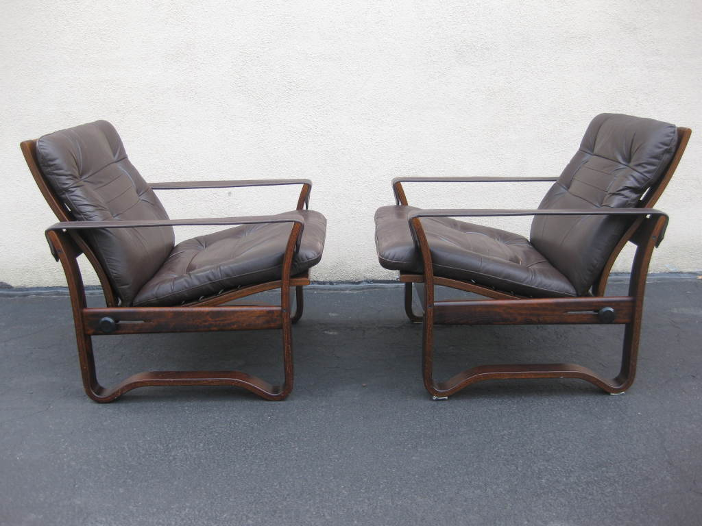 Mid Century Recliner Chair Pair Of Mid Century Chocolate Leather Recliner Club Chairs