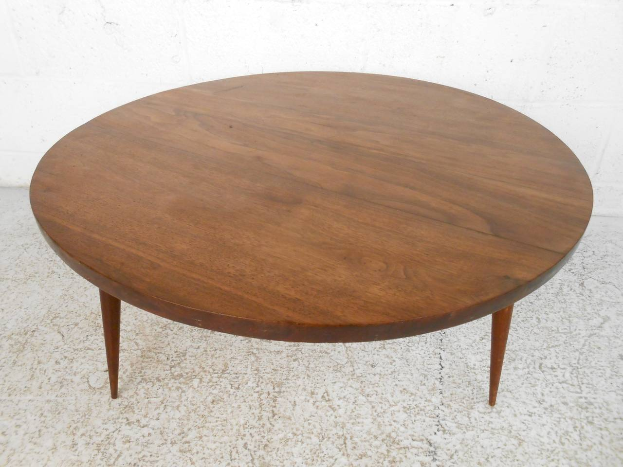 mid century modern small round coffee table