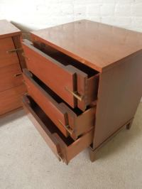 American Mid-Century Modern Nightstands at 1stdibs