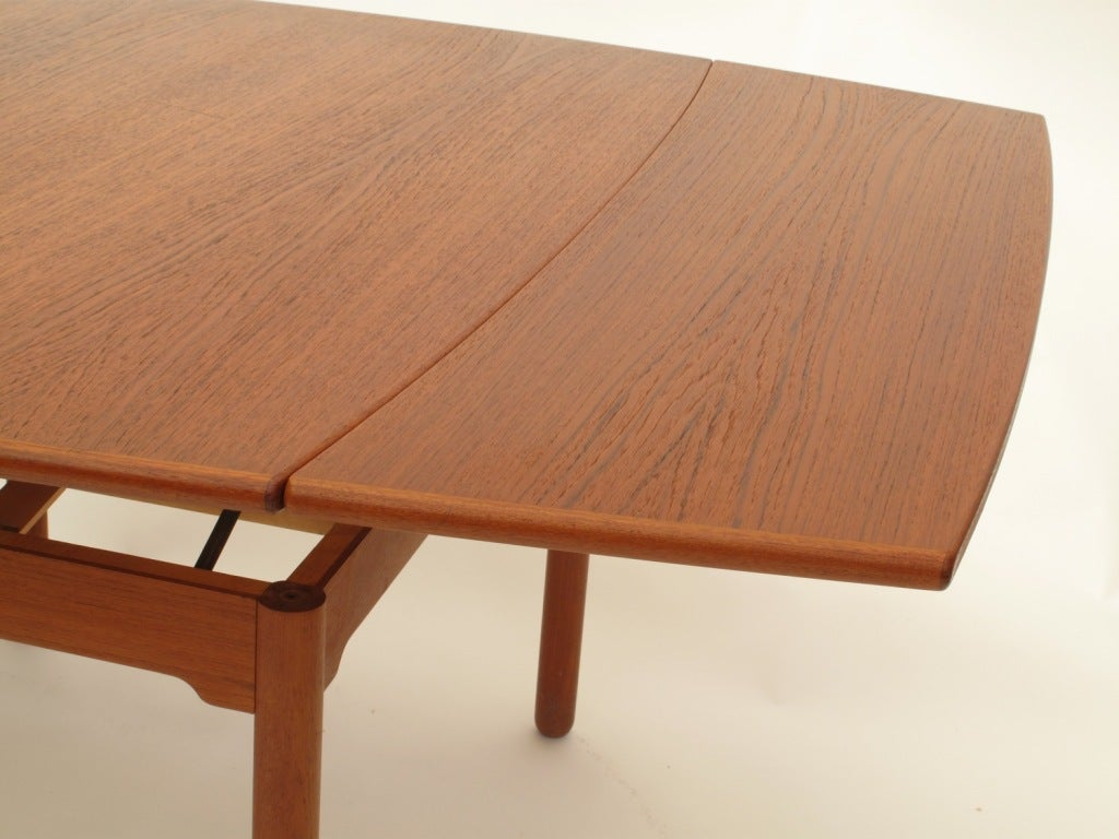 """""""Sesam"""" Swedish Expandable Coffee Table / Dining Table at"""