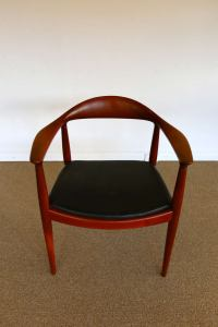 Hans Wegner Classic Chair for Johannes Hansen at 1stdibs