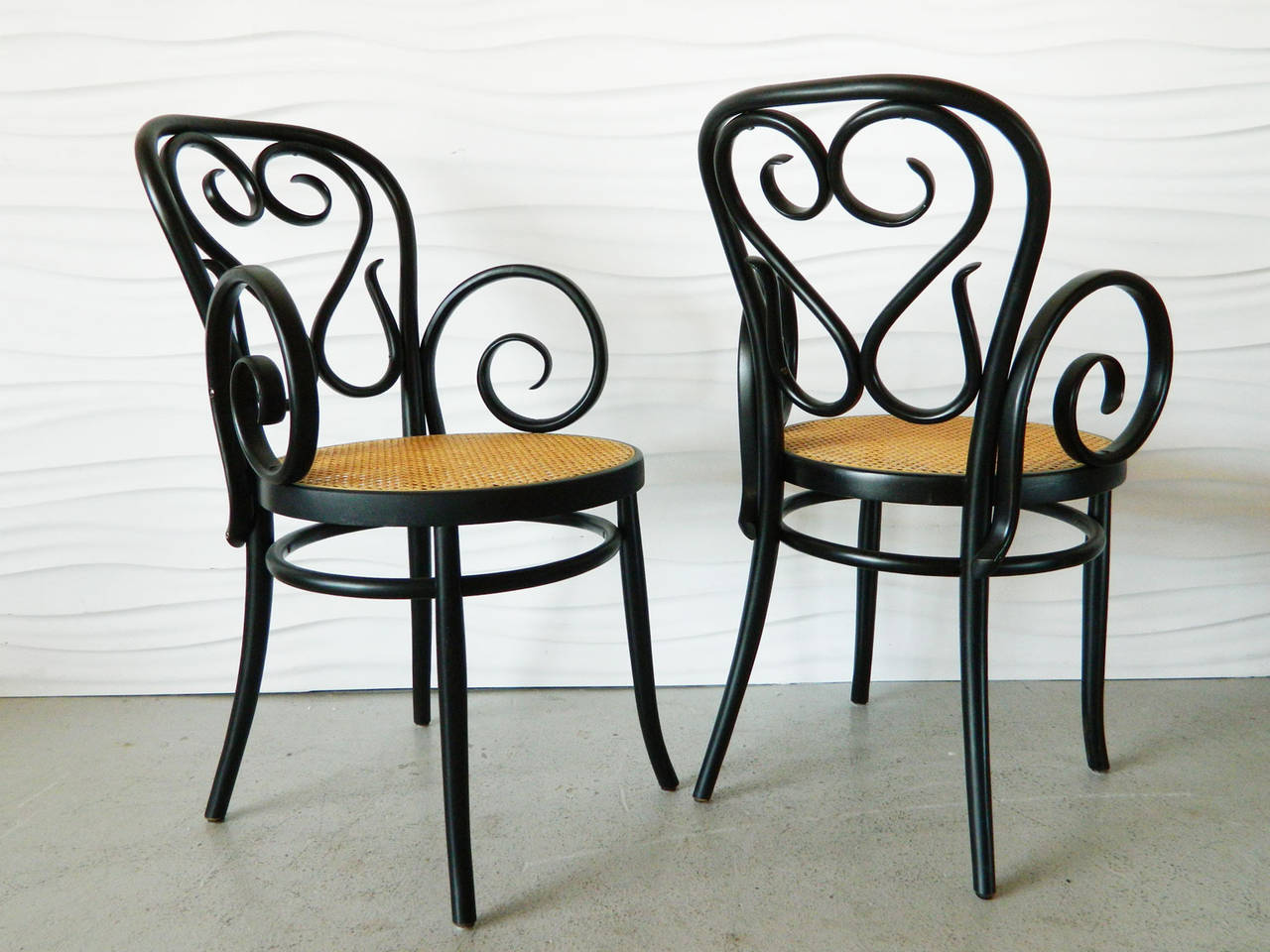 bentwood cane seat chairs swivel sling patio set of four italian and cafe at 1stdibs