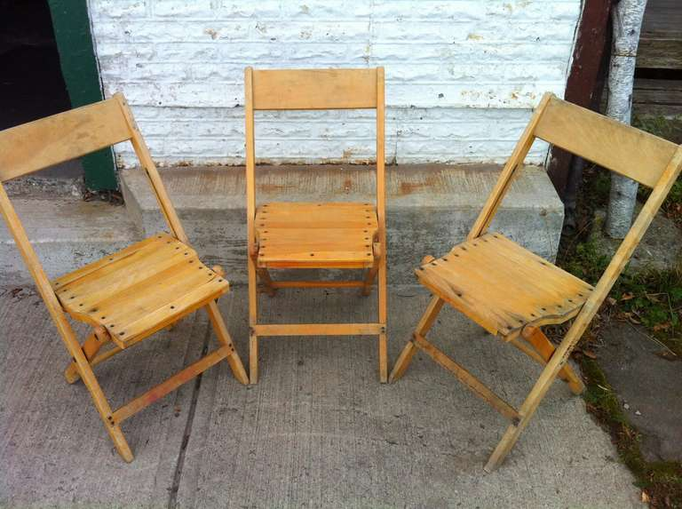 old wood chairs table and vintage folding 500 available sold only in lots of 100 maple excellent condition solid sturdy with well worn