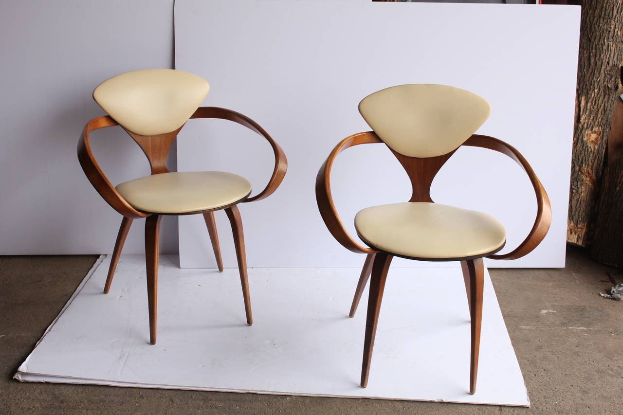 Pretzel Chair 1950s Pretzel Chairs By Norman Cherner At 1stdibs