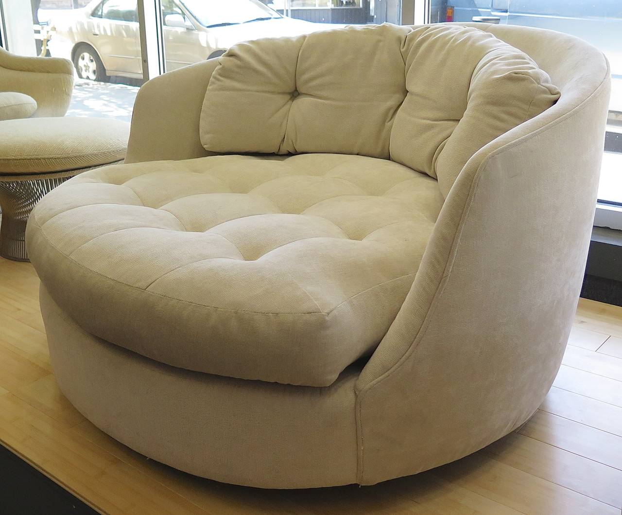 Big Comfortable Chairs Comfortable 1960 Milo Baughman Extra Large Tub Chair At