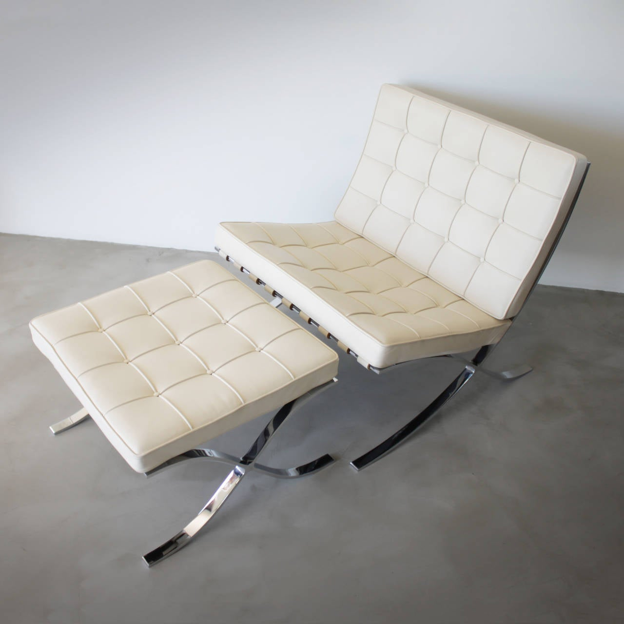 Barcelona Lounge Chair Barcelona With Stool By Mies Van Der Rohe For Knoll At 1stdibs