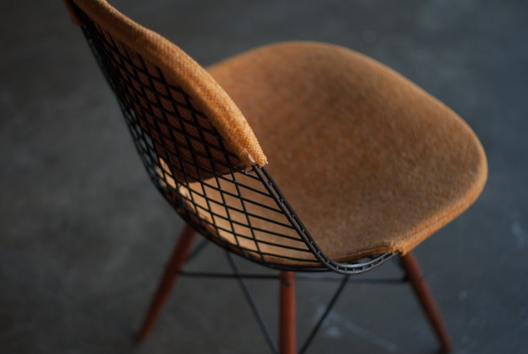 seng chicago chair trampoline walmart eames swivel dowel legged dkw 1 at 1stdibs rare leg with walnut legs designed by charles ray for