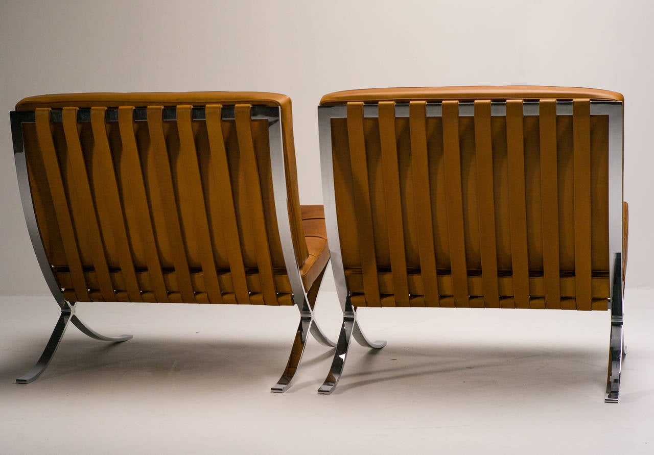 barcelona chair leather loose dining covers ireland chairs in saddle by mies van der rohe