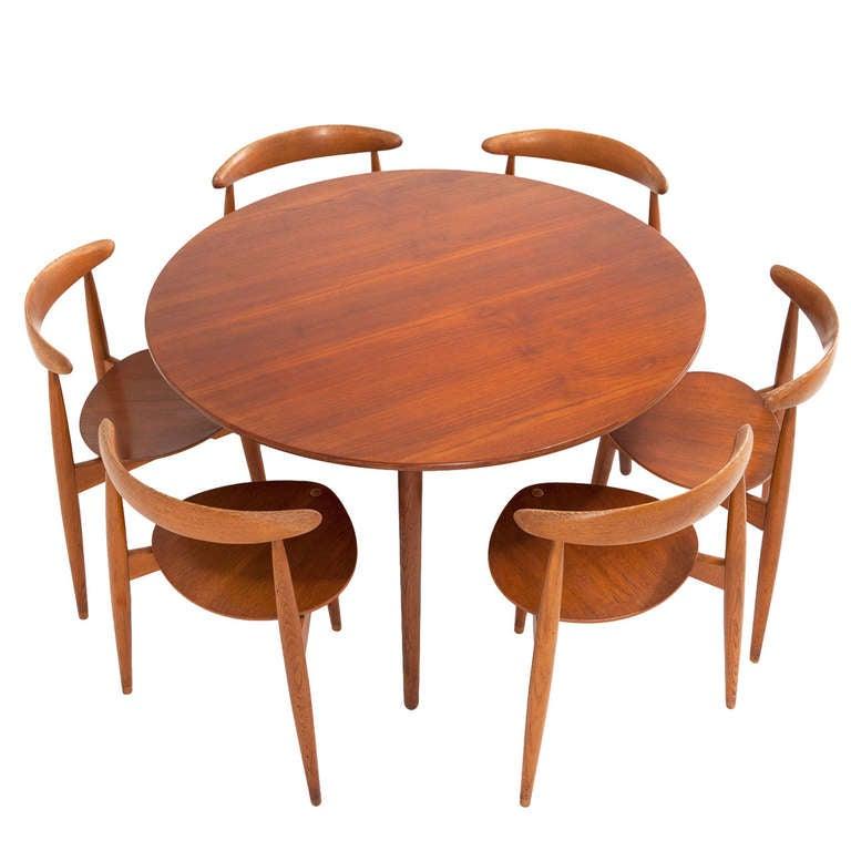 Hans Wegner Heart Dining Set In Rare Teak And Oak Combi