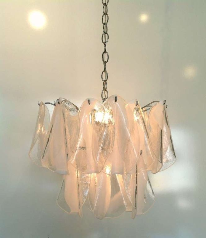 Mazzega Murano White Feather Chandelier Individually Sculpted Clear And Hand N Glass Petals