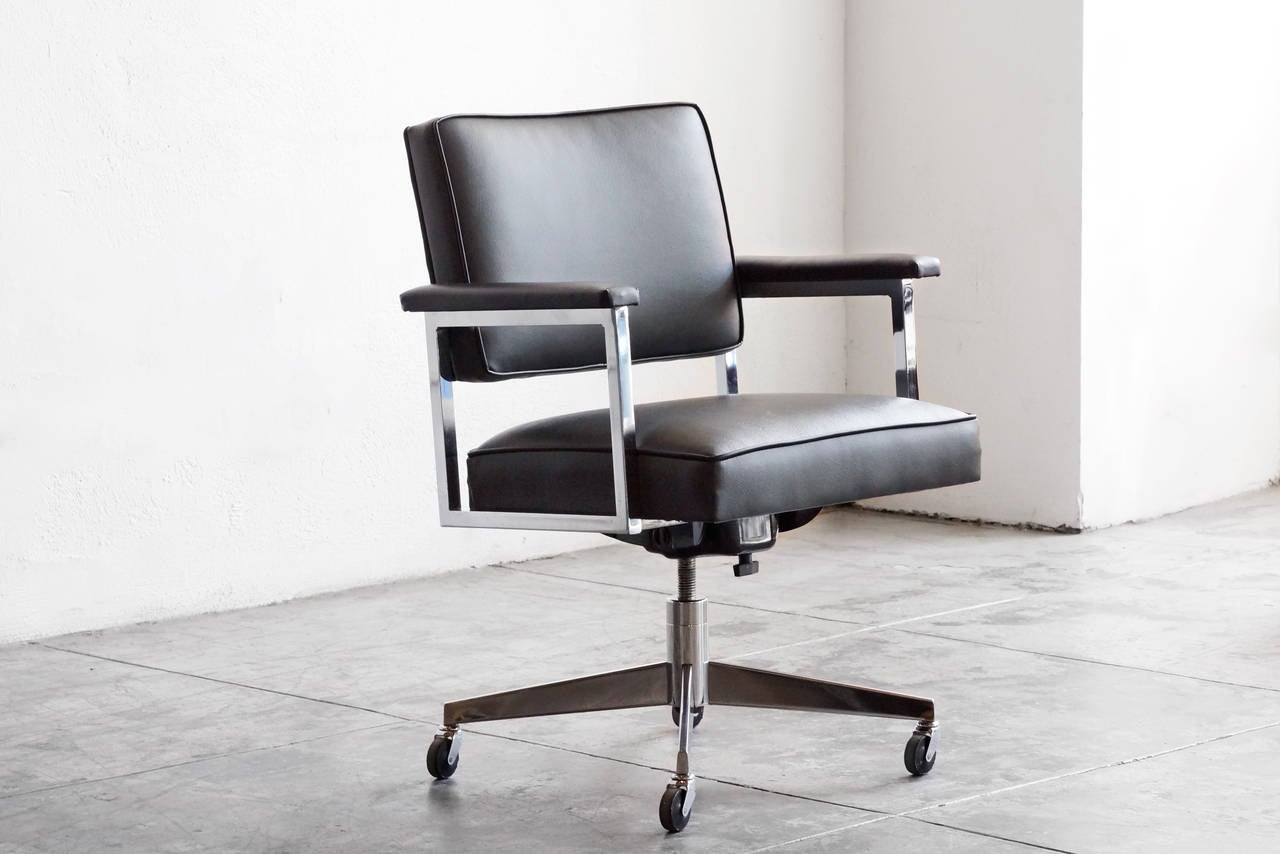 Steelcase Desk Chair 1970s Steelcase Office Chair Refinished At 1stdibs