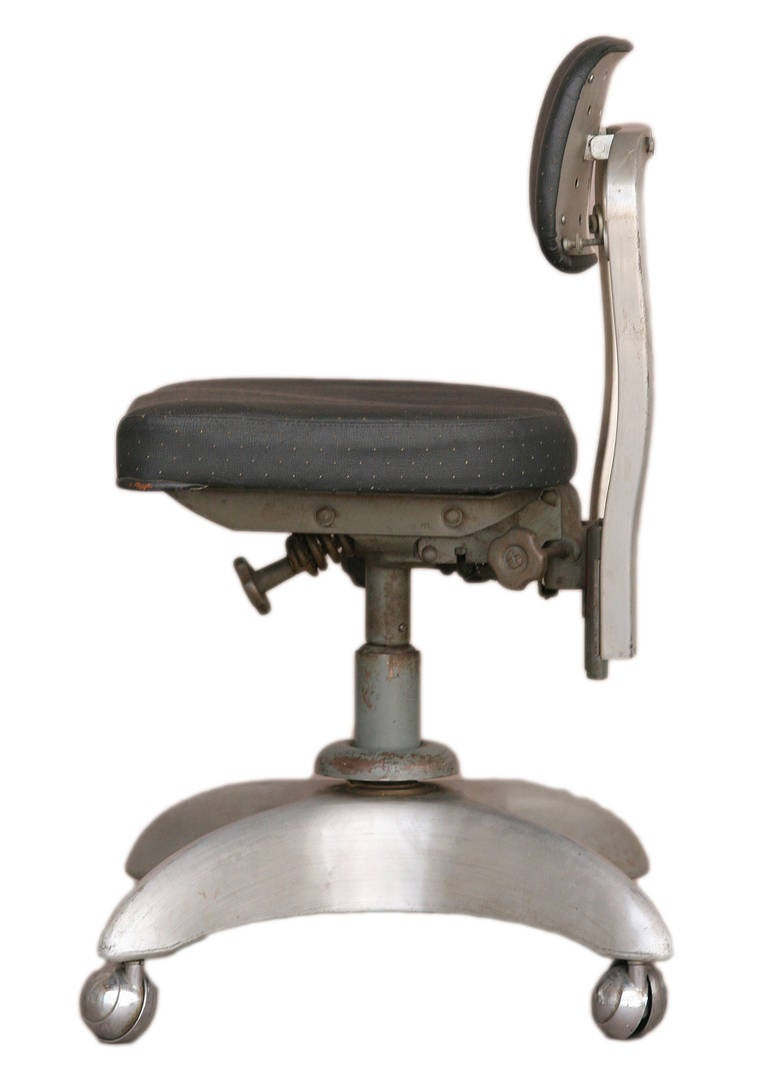 Industrial Tanker Office Chair by Good Form For Sale at