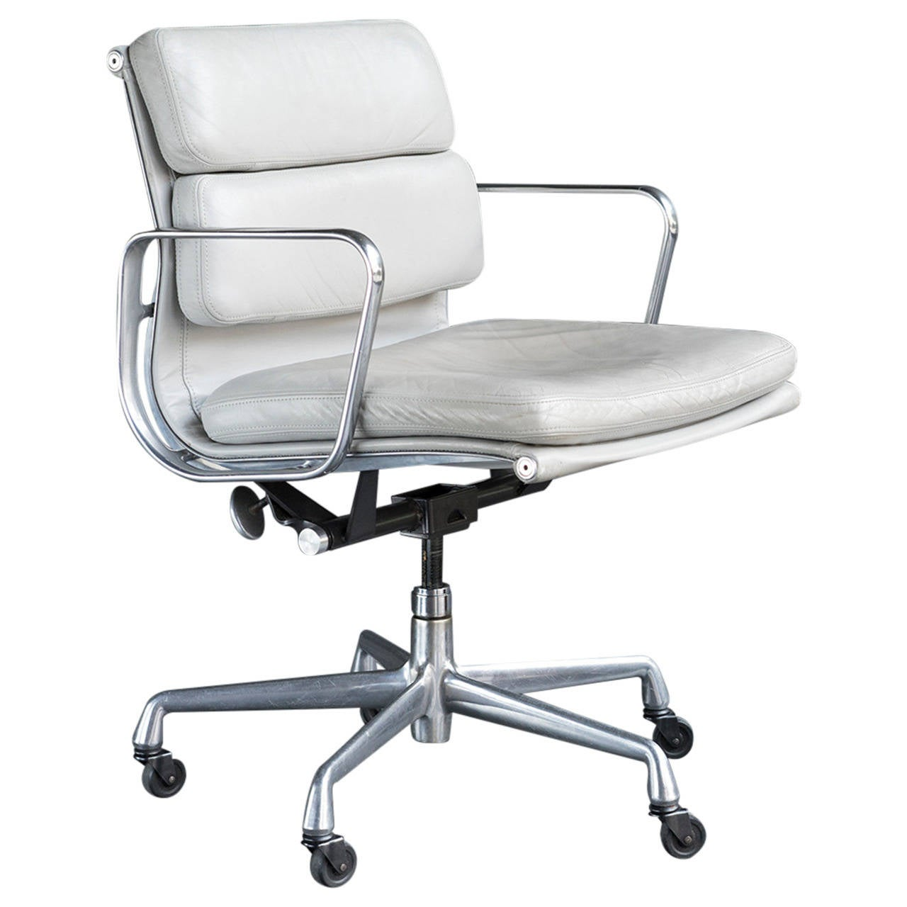 Eames Soft Pad Management Chair Eames Soft Pad Management Chair At 1stdibs