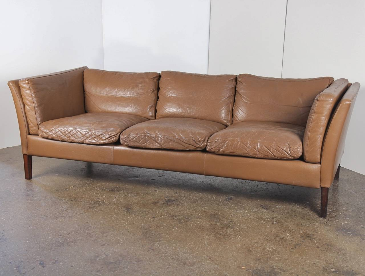 darrin leather sofa reviews curved corner uk danish modern mid century