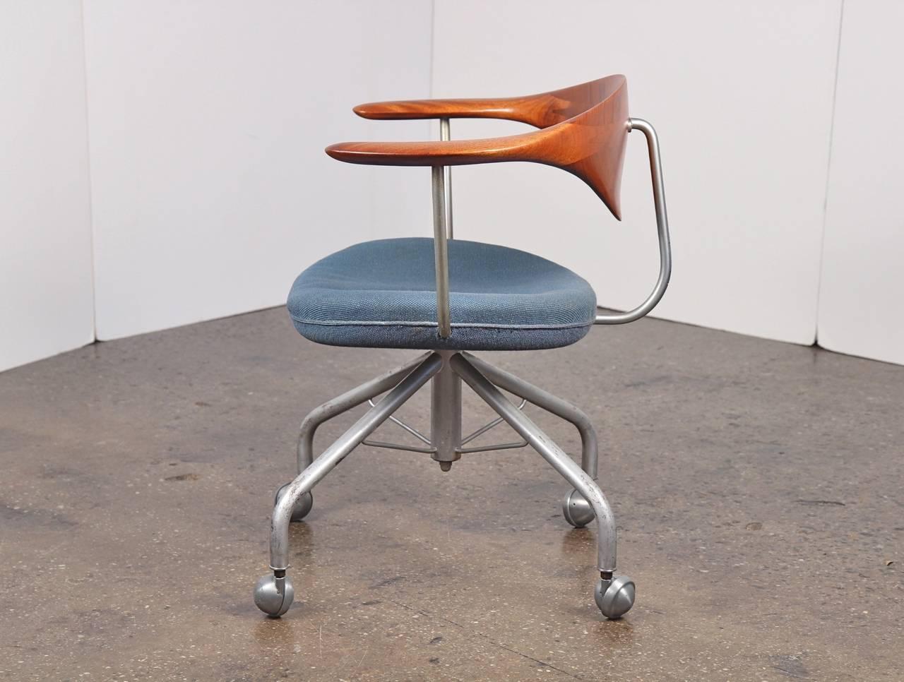 steel chair joints graco blossom high buy baby 1955 hans wegner swivel at 1stdibs