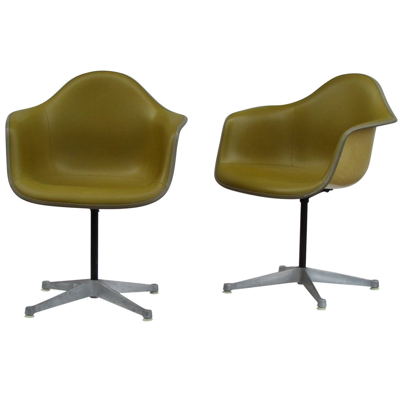 eames bucket chair chairs for bad lower back swivel in alexander girard olive