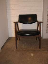 Pair of Paoli Chairs at 1stdibs