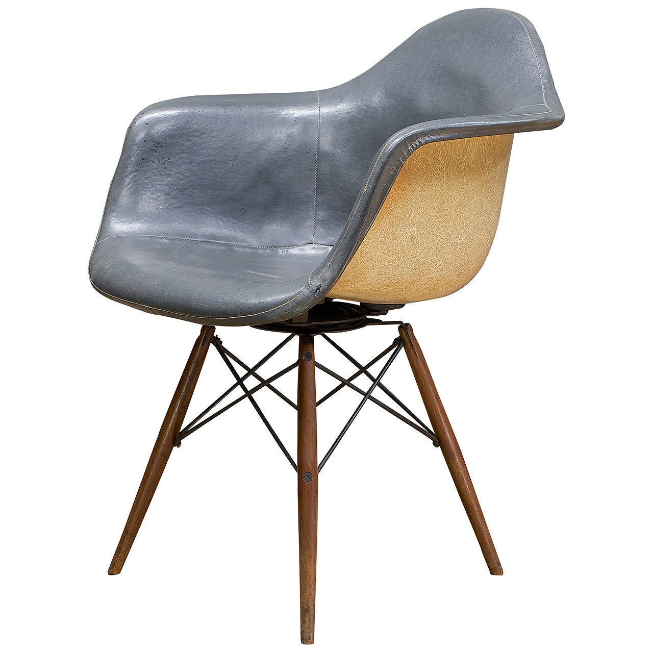swivel chair wooden legs dining room chairs nz charcoal and walnut charles eames paw dowel leg