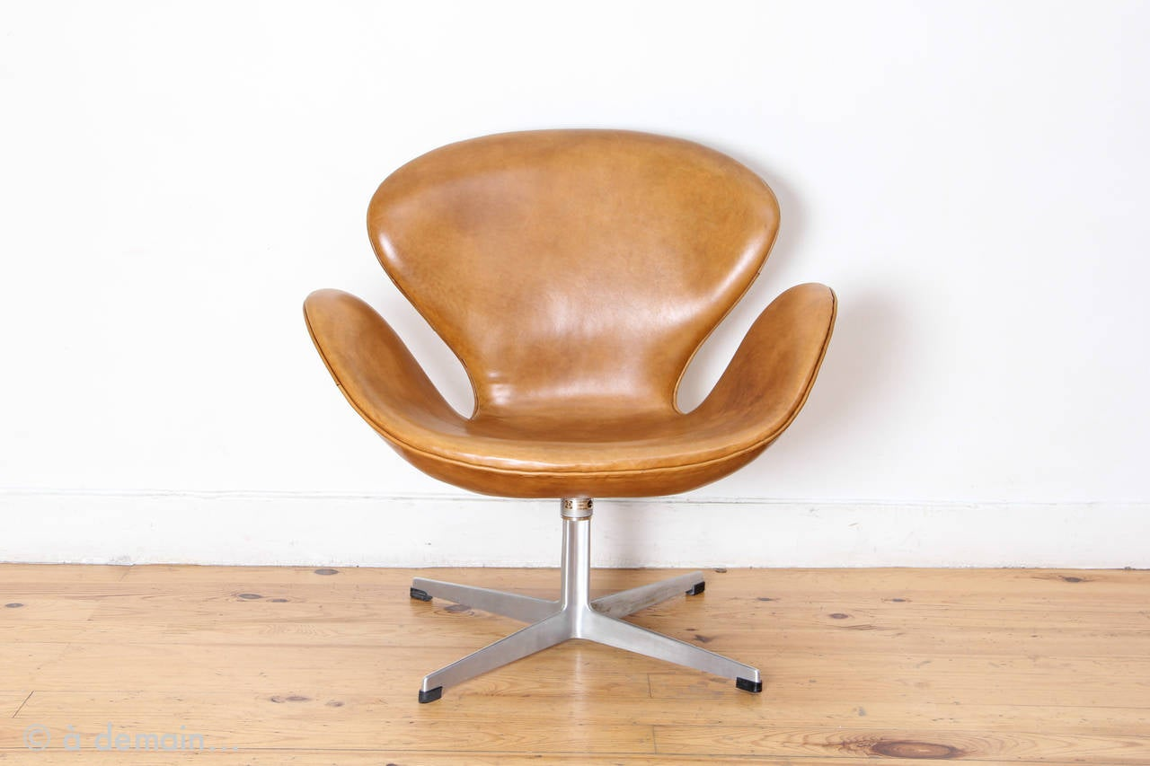arne jacobsen swan chair back covers argos by produced fritz hansen from