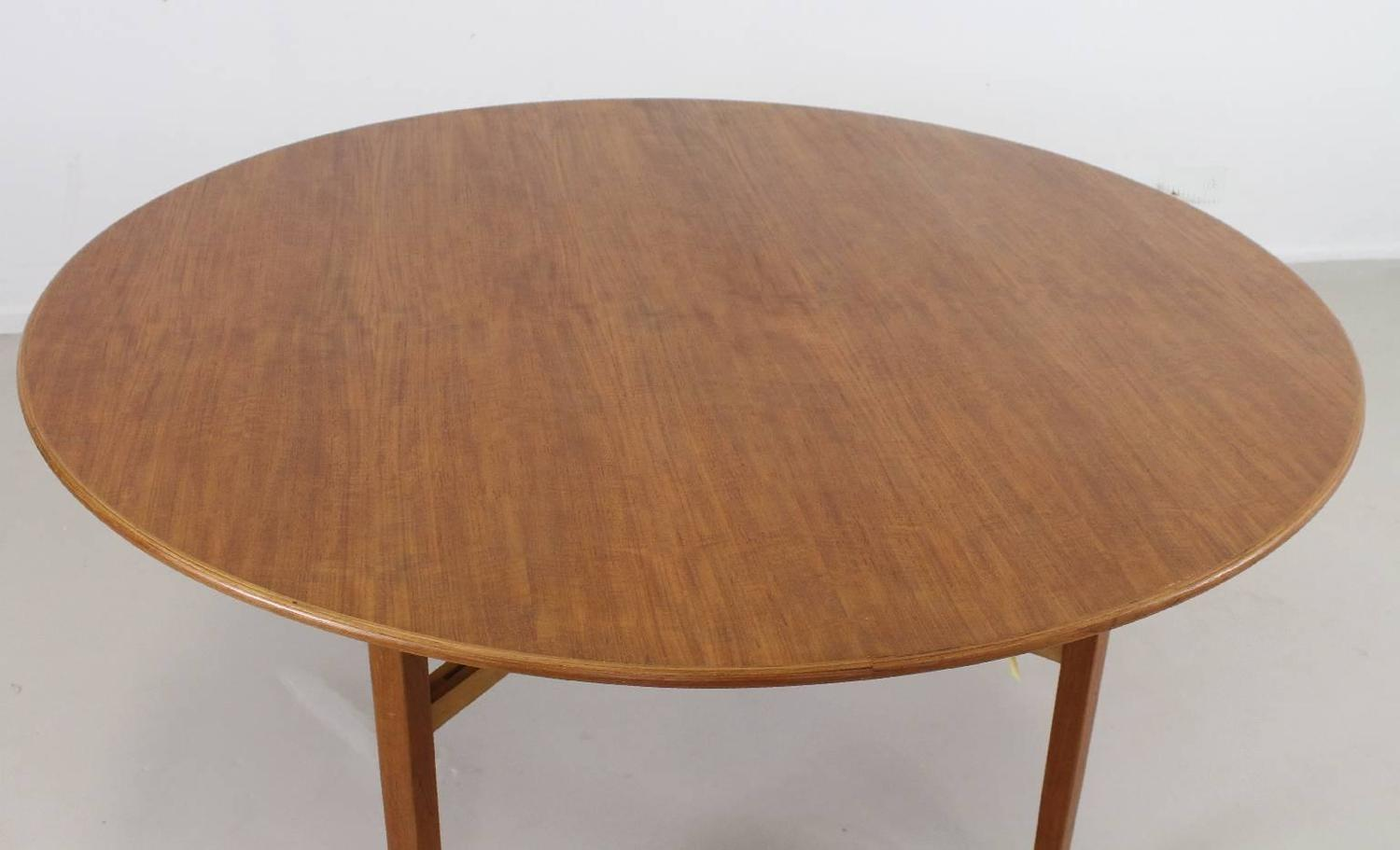 round card table and chairs office chair at work review large designed by lewis butler for knoll