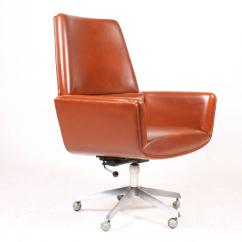 Desk Chair Utm Pressed Back Chairs Painted By Finn Juhl At 1stdibs