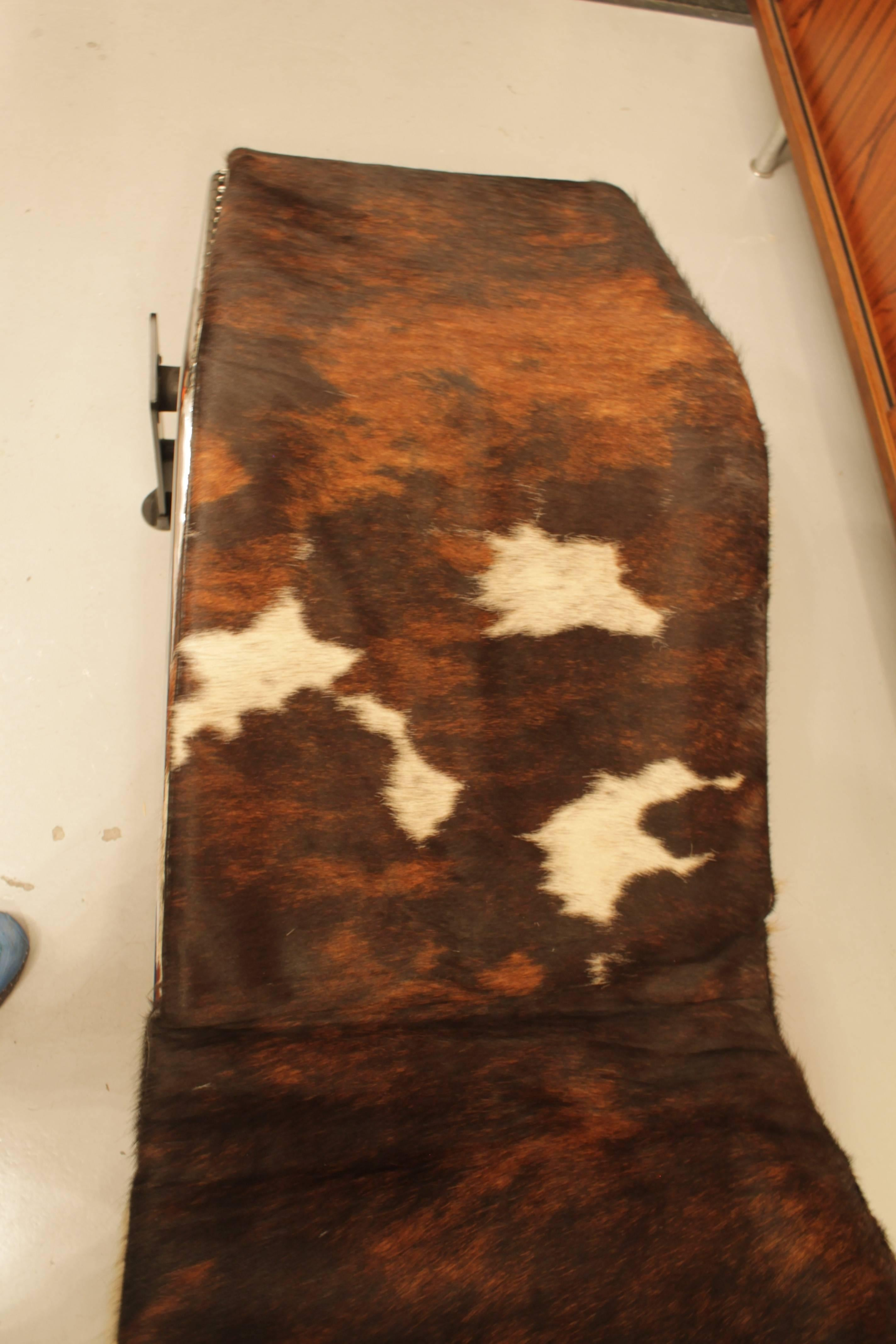 Le Corbusier LC4 Cow Skin at 1stdibs