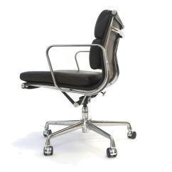Herman Miller Leather Chair Stainless Steel Legs Charles And Ray Eames Soft Pad In By