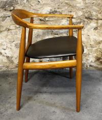 Hans Wegner Style Danish Modern 'Round Chair' at 1stdibs