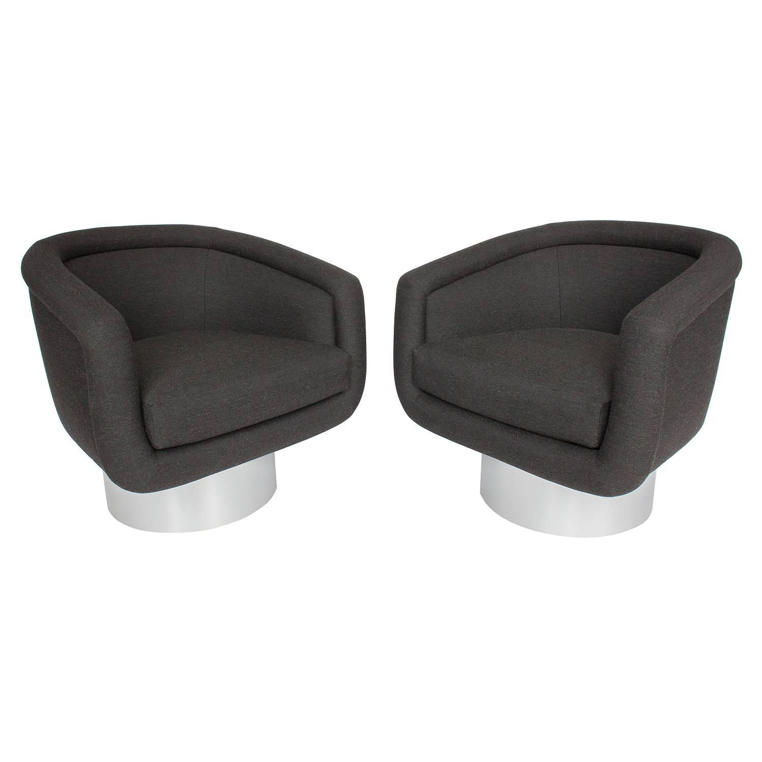 swivel chair leons table and chairs garden set b m pair of leon rosen pedestal lounge at 1stdibs