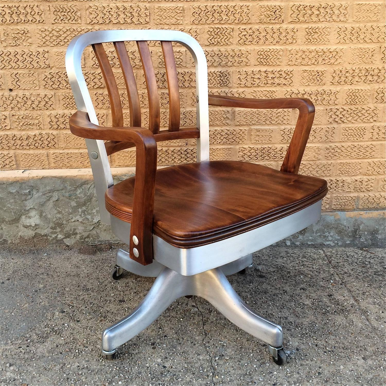 shaw walker chair covers for wooden dining chairs rolling aluminum and walnut office desk