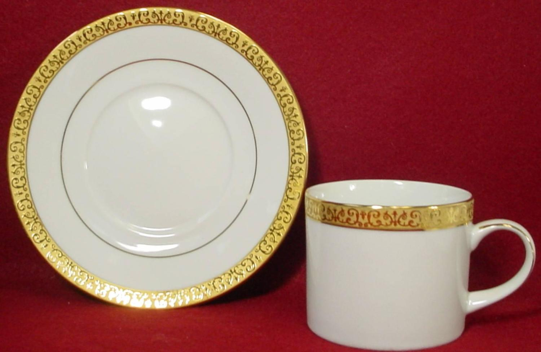 ROYAL GALLERY china GOLD BUFFET pattern 48 piece Set