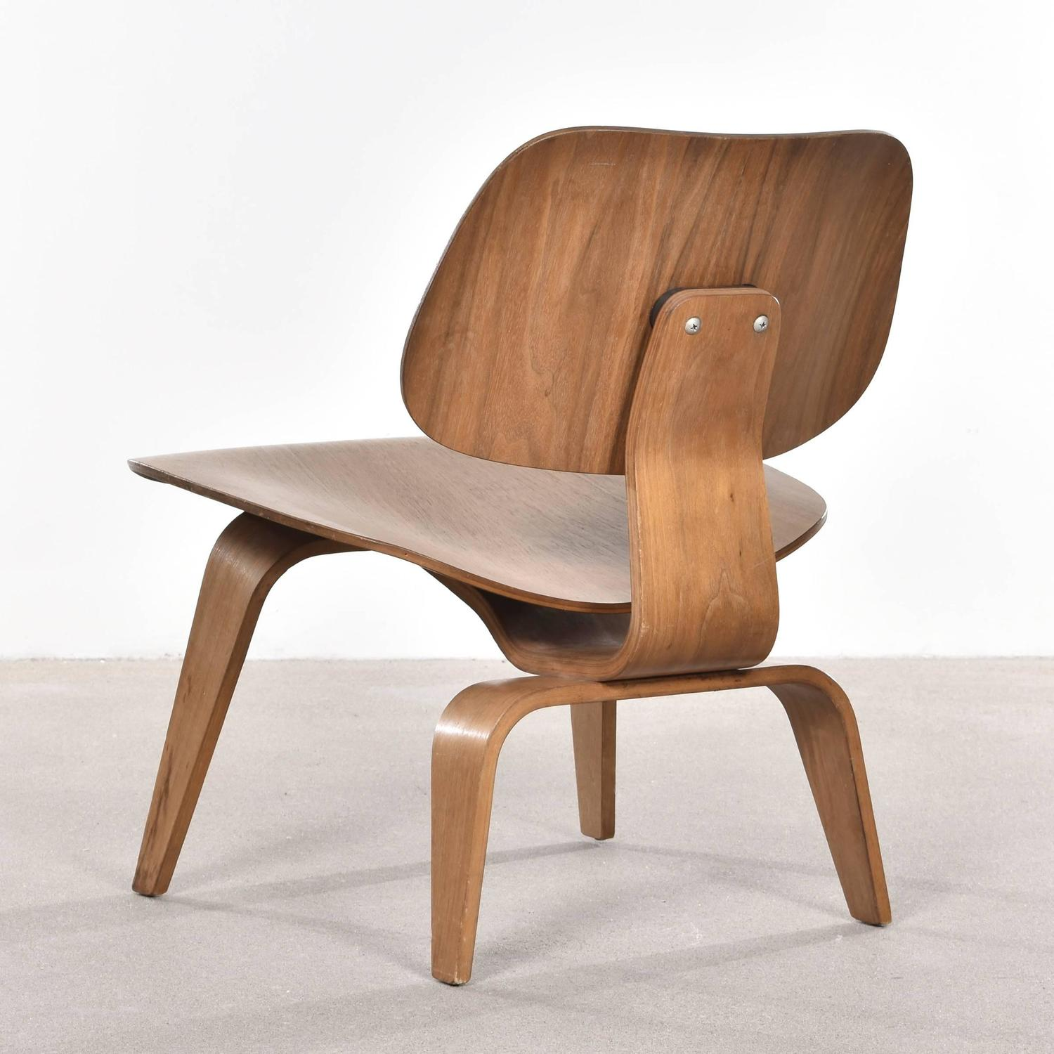 eames lcw chair home goods covers walnut lounge for herman miller at 1stdibs