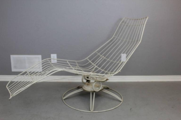 swivel chaise lounge chair portable folding floor chairs homecrest metal wire banana at 1stdibs made by in the 1960s this has hc mark