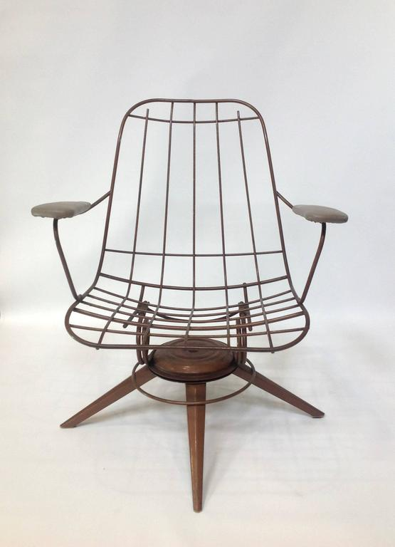 barrel chairs swivel rocker chair in a room mid-century modern homecrest wire deck for sale at 1stdibs
