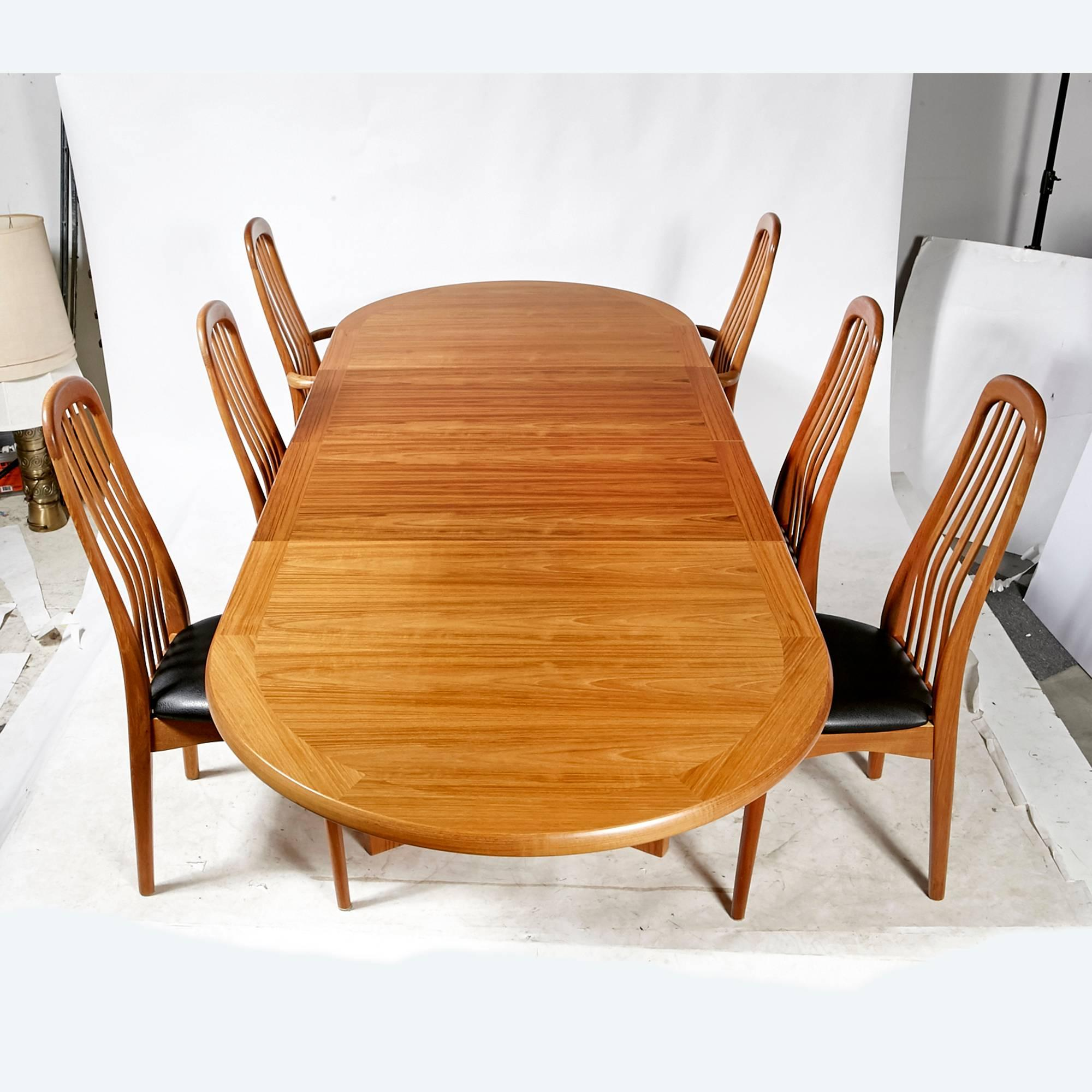 skovby rosewood dining chairs black kitchen table and benny linden scandinavian style teak room set for sale at 1stdibs