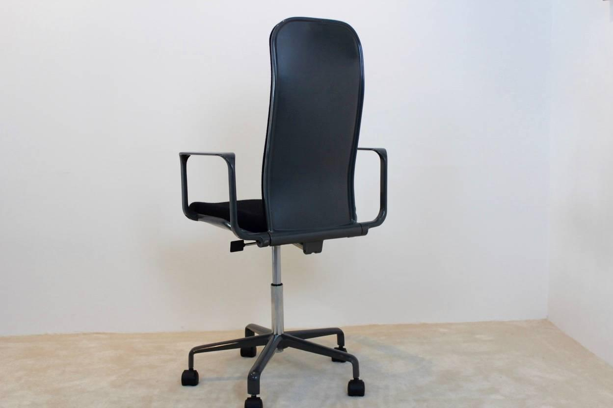 ergonomic chair principles recliner office singapore iconic high back supporto by frederick scott for