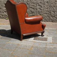 Large Wingback Chair Vintage Outdoor Chairs Antique Leather Chippendale Style With Hand-carved Claw Feet At 1stdibs