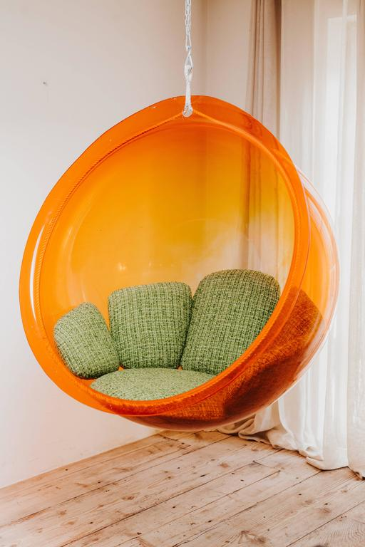 1960s Hanging Bubble Chair by GPlan at 1stdibs