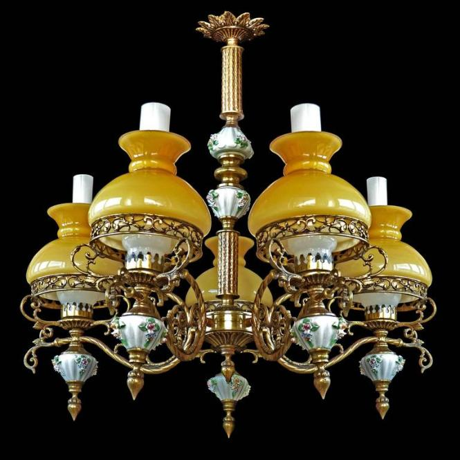 Gorgeous Antique Circa 1920 French Victorian Porcelain Five Light Bulbs Chandelier Bronze And Opaline