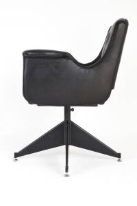Italian Mid-Century Leather Swivel Chair, 1950's For Sale ...
