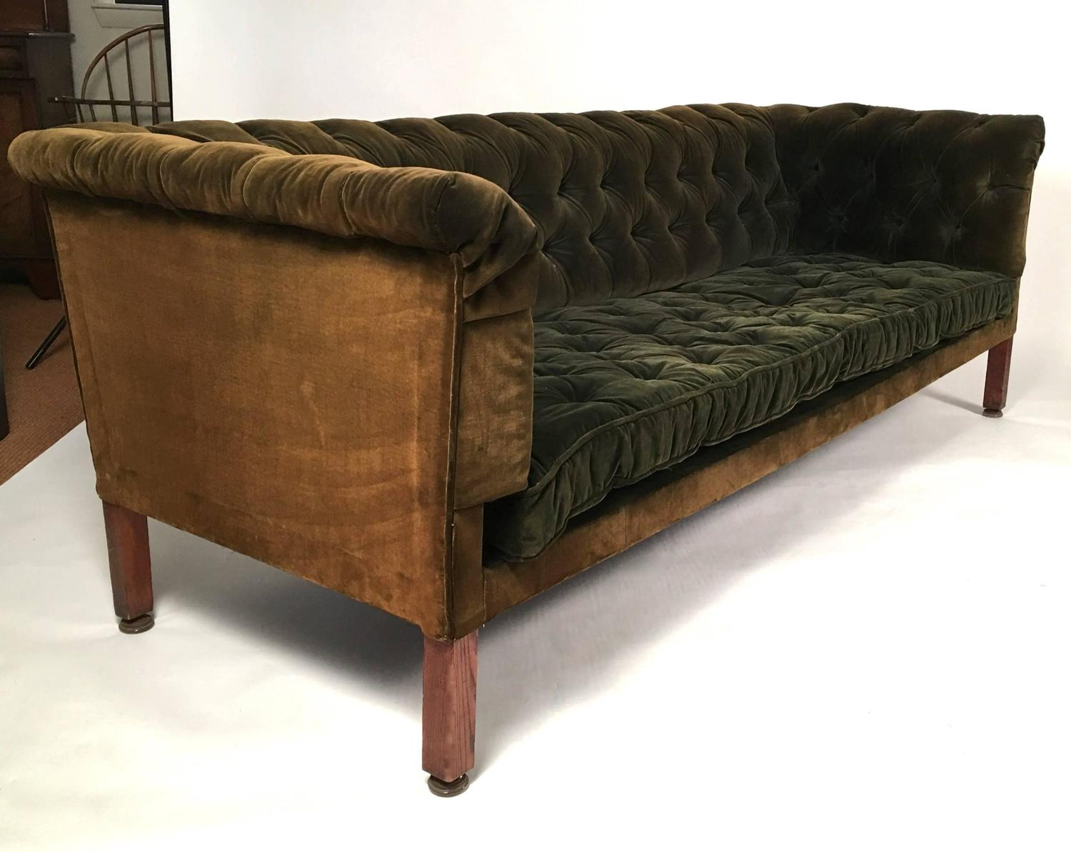 green velvet tufted chair desk design 19th century chesterfield sofa at 1stdibs