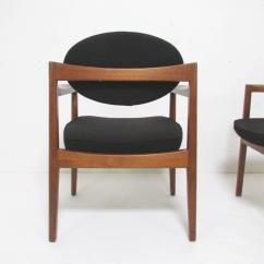 Small Scale Upholstered Dining Chairs Wooden Kids Chair Pair Of Mid Century Modern Armchairs By Jens Risom At 1stdibs
