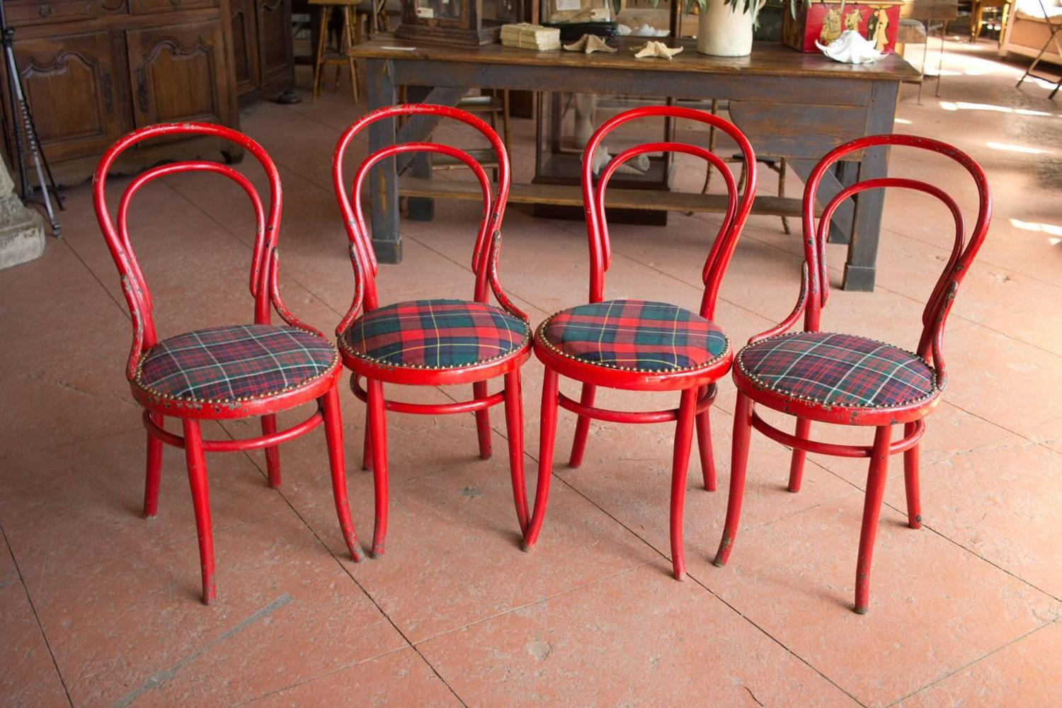 Cafe Chairs For Sale Set Of Four Antique Thonet Café Chairs For Sale At 1stdibs